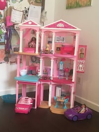 Barbie Dream House, Dolls and Accessories Solana Beach, 92075