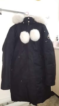 black and white fur jacket Surrey, V3W
