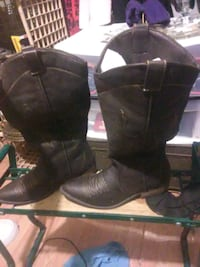 Waylen brown boots only used once  size 9 1/2 San Angelo, 76903