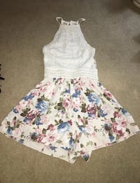 white and blue floral sleeveless dress East Islip, 11730