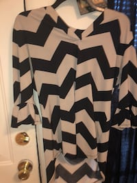 white and black chevron print cardigan Tulsa, 74107