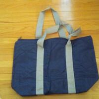 """BRAND NEW tote bag in plastic bag (taken out only for photo) - 18"""" x 13""""   Dollard-Des Ormeaux"""