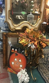 REDUCED 50% / Miscellaneous AUTUMN , FALL, HALLOWEEN Decorations; Bird Cages, Bird Feeders, Owl Lamp, French Iron Candle Sconces, Furniture, Jewelry, etc   LOCATION: Bourbonnais, 60914