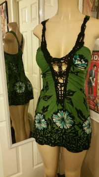 green and black floral sleeveless dress Las Vegas, 89108