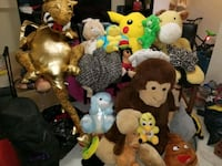 large lot of stuffed animals London, N5V 1N8