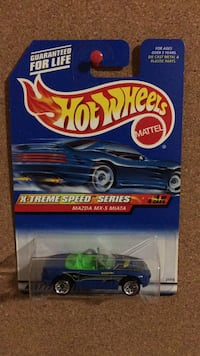 Mazda MX-5 Miata diecast hot wheels model car Vaughan, L6A
