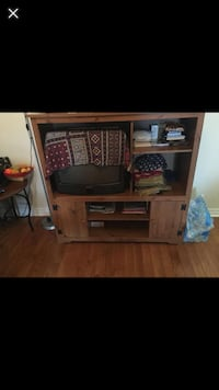 Tv and cabinet Mississauga, L5M 7L2