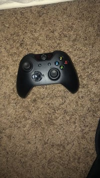 black Xbox 360 wireless controller Brooklyn, 21225