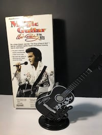 ELVIS PRESLEY MAGIC GUITAR Electronic Vintage Toy New signs of wear