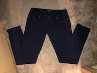 Ladies Navy Blue jeggings size XL but can fit a Large as well. Excellent used condition! Super Comfy Material! Smoke free/pet free home! Wichita, 67207