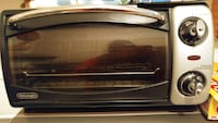 DELONGHI TOUSTER AND GRILL OVEN Toronto, M9V 4A4