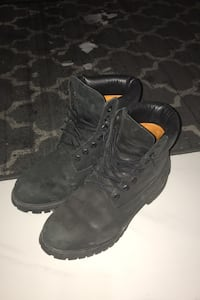 SIZE 9 Black Timberlands Vaughan, L4H 2T6