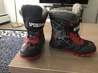 pair of black-and-red boots Calgary, T2P 2T4
