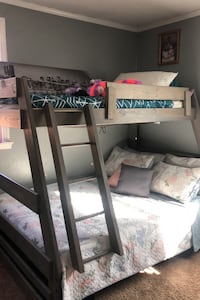 Twin over full bunk bed with mattresses Nashville, 37211