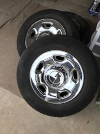 chrome 5-spoke car wheel with tire set Garfield Heights, 44125