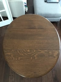 Kitchen table (real wood) Vaughan, L4L 8C4