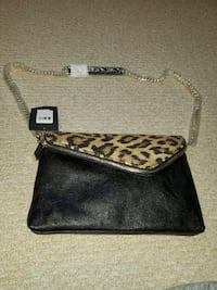 Guess purse. New never used Toronto, M1C 5A7