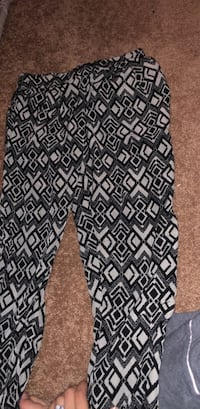 black and white joggers Beebe, 72012
