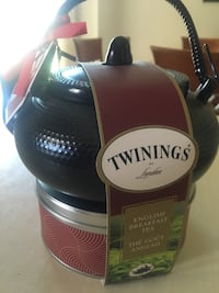 Twinings Tea Pot & Tea - New!!