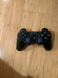 black Sony PS3 cordless controller Montreal, H4G 2Y7