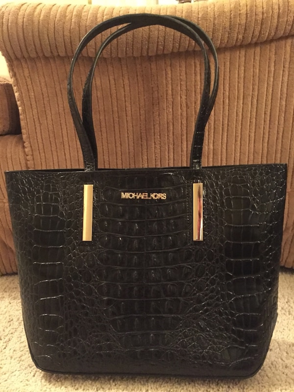 0a351c86023b Used black patent leather snakeskin tote bag for sale in Thomasville - letgo