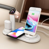 4 in 1 charger for Iphone, Apple watch, Airpod and wireless charging Toronto, M1W 2Z9