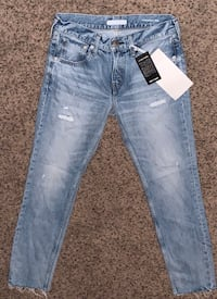 New w/ Tags Red Card Jeans size 25 Des Moines, 50313