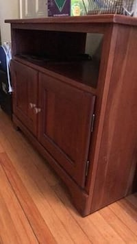 Solid Wood TV stand. Waltham, 02453