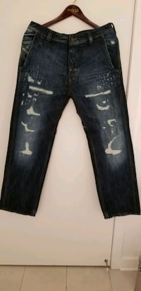 Diesel Men's distressed ripped jeans size 32x30