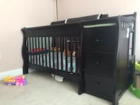 Sorelle Tuscany crib with changing station and mattress Woodbridge, 22192