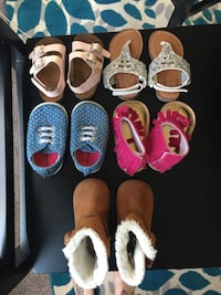 Baby girl shoes size 3-4 Clover, 29710