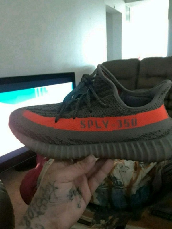 af60eda64 Used unpaired gray and red Adidas Yeezy Boost 350 V2 for sale in Dublin -  letgo