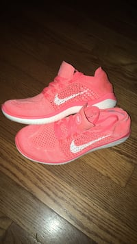 Nike Flynit  Silver Spring, 20906