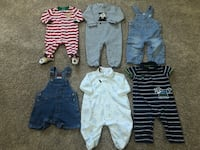 6-9months baby boy pijamas $2 each or all for $12 Des Moines, 50314