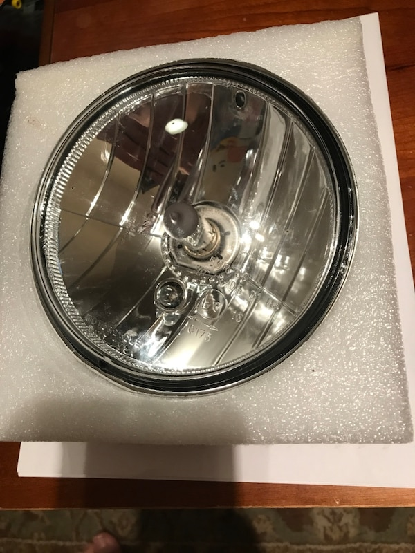2017Indian Scout headlight