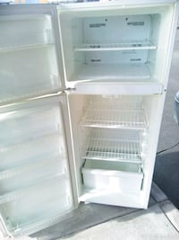 white top-mount refrigerator Capitol Heights, 20743