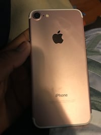 Rose gold iPhone 7  Brampton, L6S