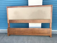 Macy's KING SIZE BED (frame) for Sale North Las Vegas, 89032