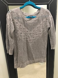 Size xs American Eagle Outfitter sweater Vancouver