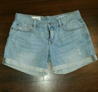 Women's GAP Boyfriend Shorts Hamilton, L8N 1E2
