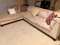 Sectional Sofa - Beige Centreville, 20120