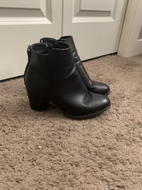Black leather boots  Calgary