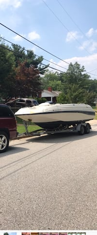 Boat in excellent condition like new  Beltsville, 20705
