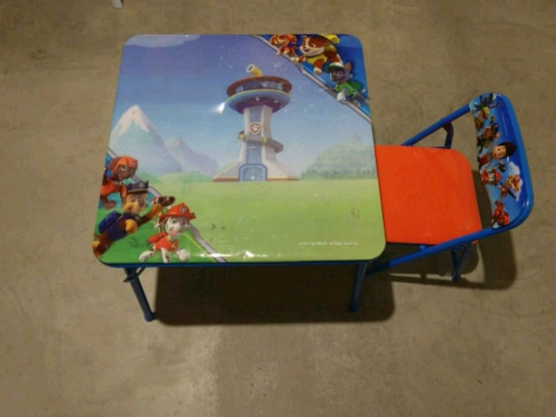 Paw patrol Child table and chair ee6ecaa0-7047-49a2-9763-8916a8a6b62e