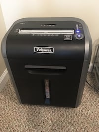 "Fellowes Powershred 79Ci 100% Jam Proof Medium, Duty Cross, Cut Shredder, 16 Sheet Capacity, Black/Dark Silver (pick up only from Great Falls VA) with box ""excellent condition"" Great Falls"
