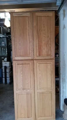 Canyon Creek Cabinet Tall Pantry In Maple Valley Letgo