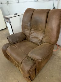 Brown Suede Electric, Heated, Reclining Massage Chair (3 Settings) Fishers, 46037