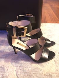 Black Louise Et Cie heels with gold buckle size 5.5 Vaughan, L4J