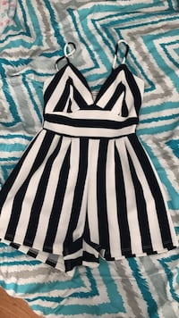 Charlotte Russe romper size xs