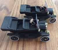 2 Ford model T diecast cars Plymouth